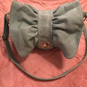 BowTie crossbody bag